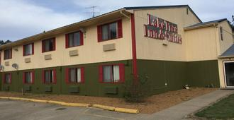 Laketree Inn And Suites Marion - Marion