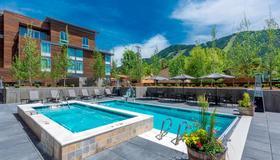 Springhill Suites Jackson Hole - Jackson - Pool