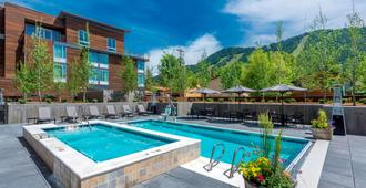 SpringHill Suites by Marriott Jackson Hole - Jackson - Uima-allas