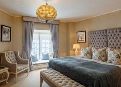 Schlössle Hotel - The Leading Hotels Of The World - Tallinn - Bedroom