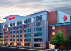 Sheraton Ann Arbor Hotel - Ann Arbor - Building