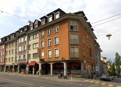 維也里旅行酒店 - 拉圖爾德佩勒 - 蒙特勒 - 建築