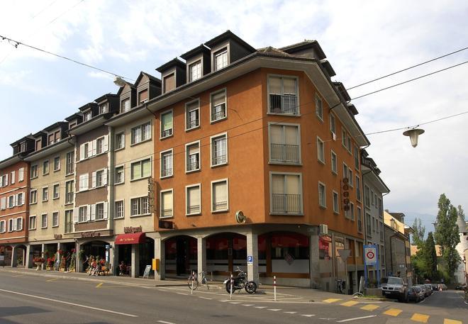 Hotel de la Vieille Tour - Montreux - Building