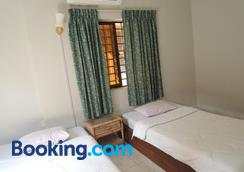 The Grey Guesthouse - Phnom Penh - Bedroom