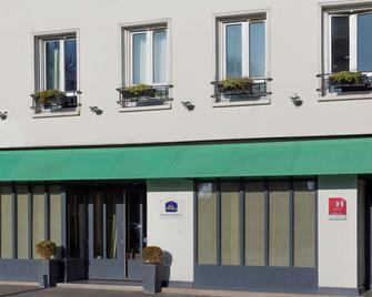 Best Western Rives de Paris La Defense - Courbevoie - Building