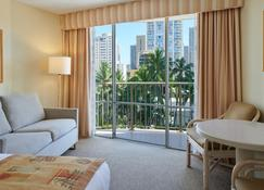 Ohana Waikiki East By Outrigger - Honolulu - Living room