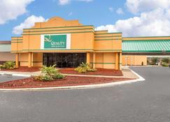 Quality Inn & Suites - Rock Hill - Rakennus