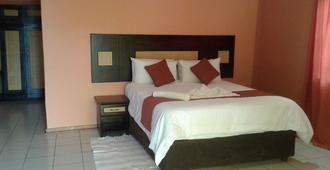 Larissa Hotel - Maun