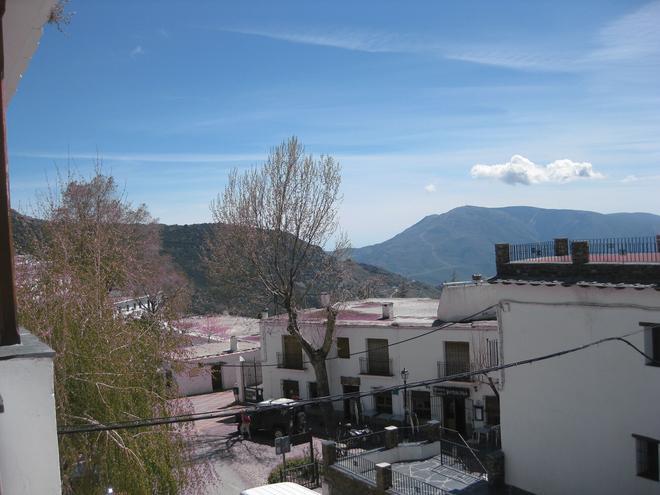 Hostal el Cascapenas de la Alpujarra - Capileira - Vista del exterior