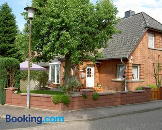 Mertens - Soltau - Gebouw