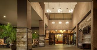 Crowne Plaza Phoenix - Phx Airport, An IHG Hotel - פיניקס