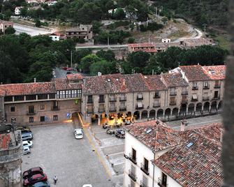 Hotel-Spa El Molino De Alcuneza - Sigüenza - Building