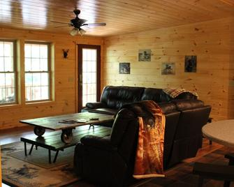 NEW home ~ 1 mile from downtown Old Forge w/ lake access thru HOA - Old Forge