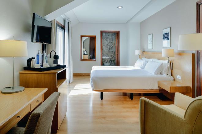 Hesperia Vigo - Vigo - Bedroom