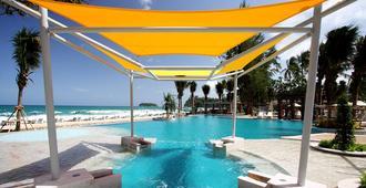 Katathani Phuket Beach Resort (Sha Plus+) - Karon - Pool