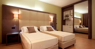 Acca Palace Hotel - Milan - Phòng ngủ