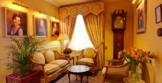 St Tudno Hotel - Llandudno - Living room