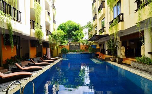 Losari Hotel & Villas Kuta Bali - Kuta - Pool