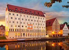 Qubus Hotel Gdansk - Gdansk - Building