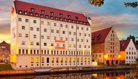 Qubus Hotel Gdansk - Gdansk - Gebouw