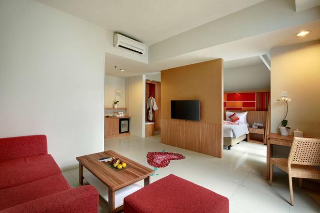 Kyriad Hotel Airport Jakarta - Tangerang City - Σαλόνι