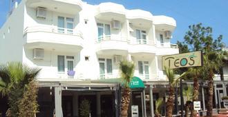 Teos Hotel - อันตัลยา