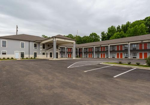 Round Table 95841.12 Best Hotels In Palestine Arkansas Hotels From 51 Night Kayak