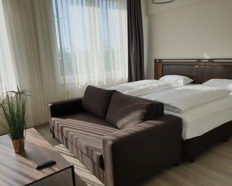 Motel Plus Schönefeld - Schönefeld - Schlafzimmer
