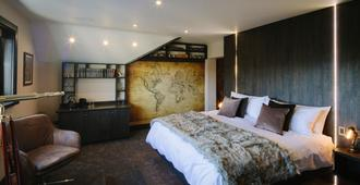 Absoluxe Suites - Carnforth - Bedroom