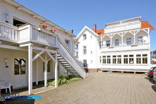 尼安德別墅酒店 - 奥斯特希巴德賓茲 - 奧茨巴德賓茲 - 建築