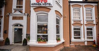 OYO Arinza Hotel - Ilford - Toà nhà