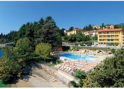 Hotel Residence Zust - Verbania - Pool