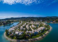 Isle of Palms Resort - Эланора - Вид снаружи