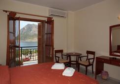 Pramataris - Monemvasia - Bedroom