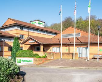 Holiday Inn Cardiff - North M4 - Cardiff - Building