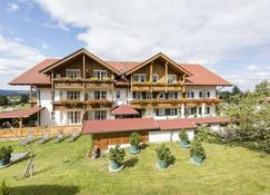 Kur- und Wellnesshotel Waldruh - Bad Kohlgrub - Building
