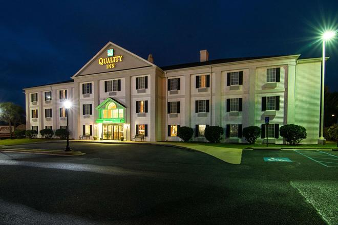 Quality Inn Crestview Near Eglin Afb - Крествью - Здание
