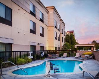 SpringHill Suites by Marriott Modesto - Modesto - Building
