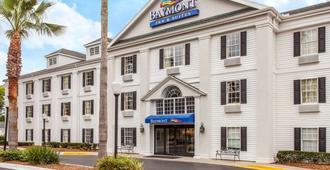 Baymont by Wyndham Jacksonville/Butler Blvd - Jacksonville - Gebäude