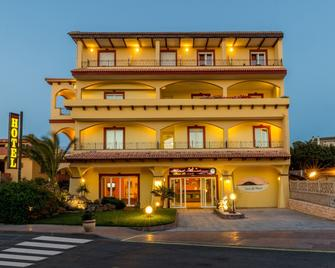 Hotel Rosa Dei Venti - Castelsardo - Rakennus