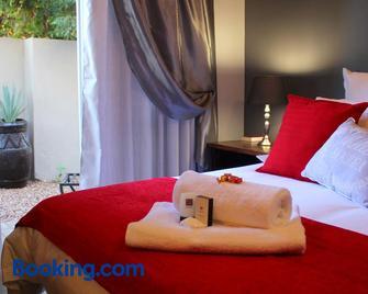 Olive Tree B&B - Upington - Bedroom