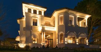 Hotel De la Ville - Riccione - Edificio