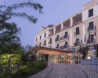 Gran Hotel Aqualange - Balneario de Alange - Alange - Building