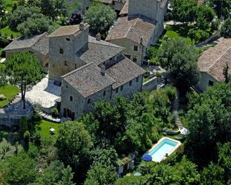 Castello Monticelli - Marsciano - Вигляд зовні