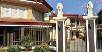 Prado Inn & Suites - San José - Vista del exterior
