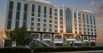 Ayla Grand Hotel - Al-Ain