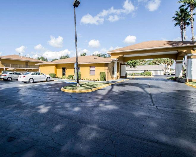 Quality Inn near Blue Spring - Orange City - Building