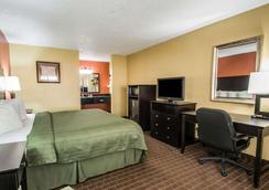 Quality Inn near Blue Spring - Orange City - Bedroom