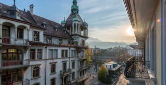 Hotel Alpina - Lucerna - Vista del exterior