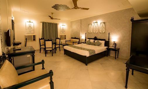 Lmb Hotel - Jaipur - Bedroom